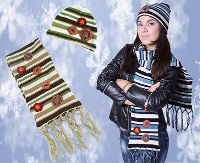 Gutherzig 2 Teiliges Set Schal & Mütze In 2 Farben Langer Schal Mit Rüschen Und Franzen
