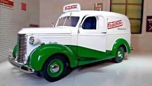 1:24 Scale 1939 Chevrolet Delivery Truck Van Krispy Kreme Diecast Model Railway