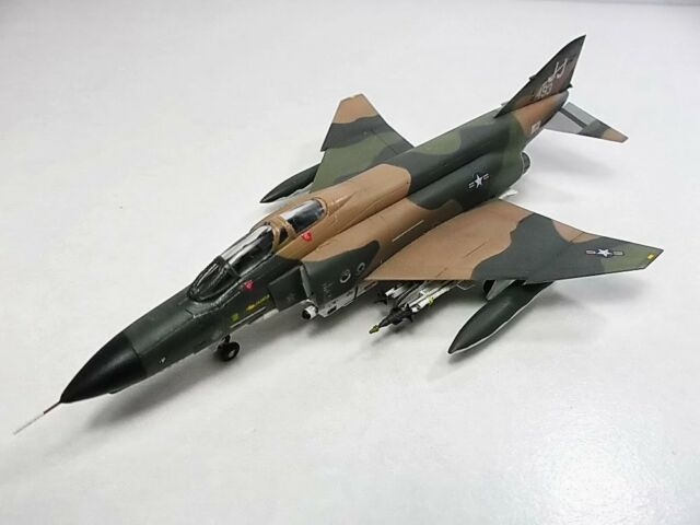 ARII 1/144  Scale Model: McDonnell Douglas F-4E PHANTOM II