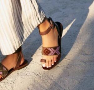 Free People Sandals Women Size 39 Brown Purple Wrap Ankle Boho Torrence Flat