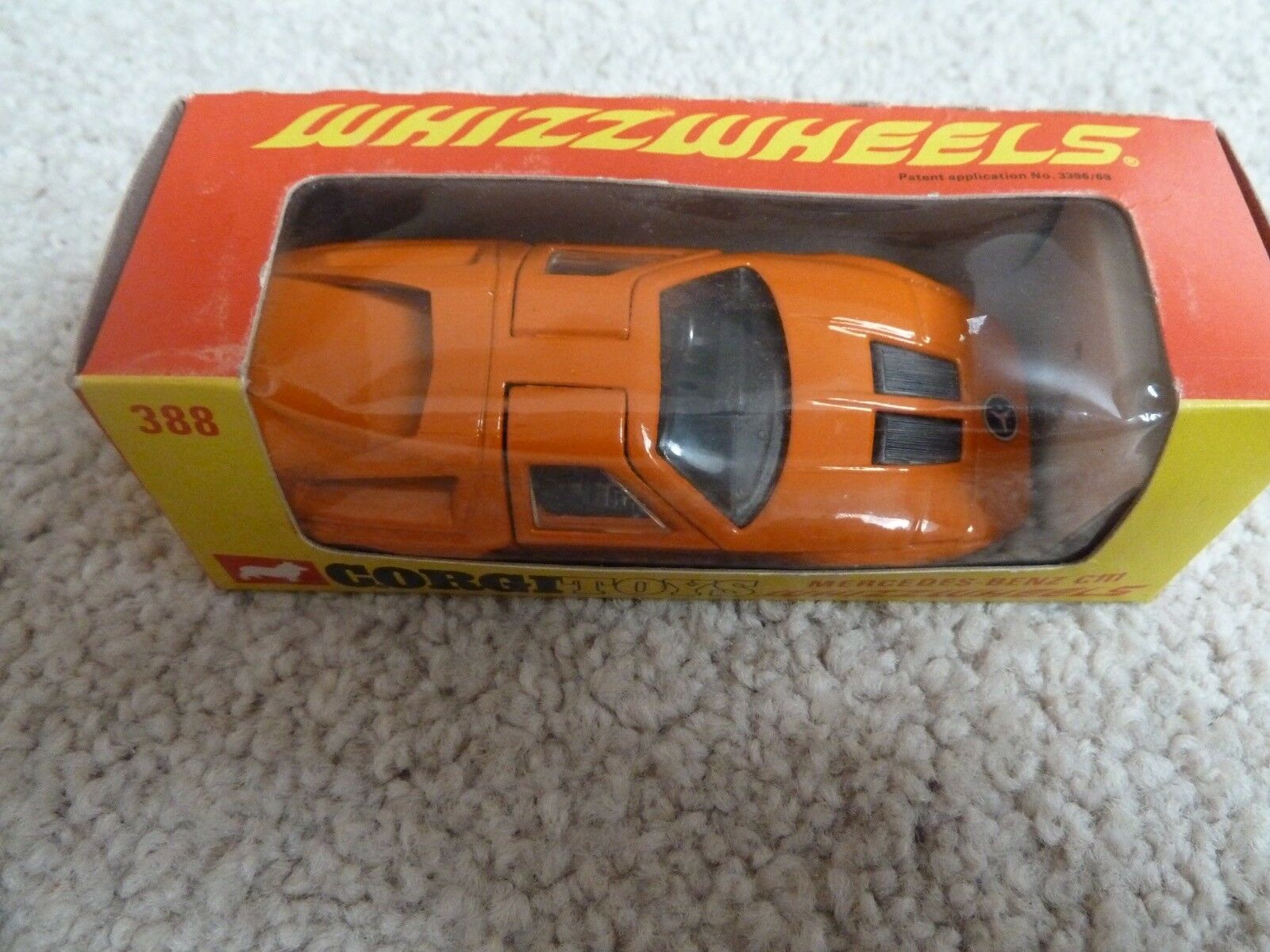 CORGI TOYS  388 MERCEDES BENZ C111 Orange WHIZZWtalons MADE  IN GB MODEL BOXED  expédition rapide