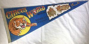 CIRCUS-WORLD-MUSEUM-Vintage-Souvenir-Felt-PENNANT-Baraboo-WI-Wisconsin-Parade