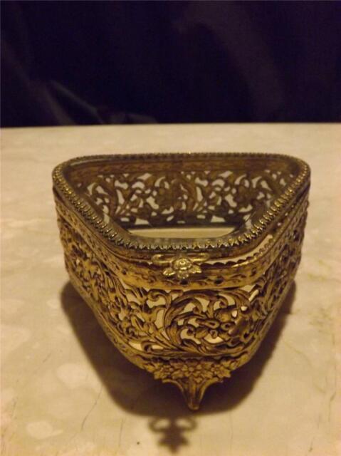 VINTAGE FILIGREE BEVELED GLASS ORMOLU TRINKET JEWELRY CASKET DRESSER BOX