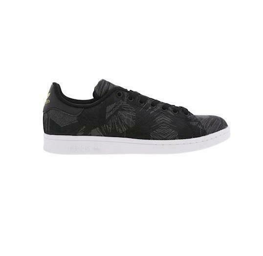 Mens ADIDAS STAN SMITH Black Trainers S76788