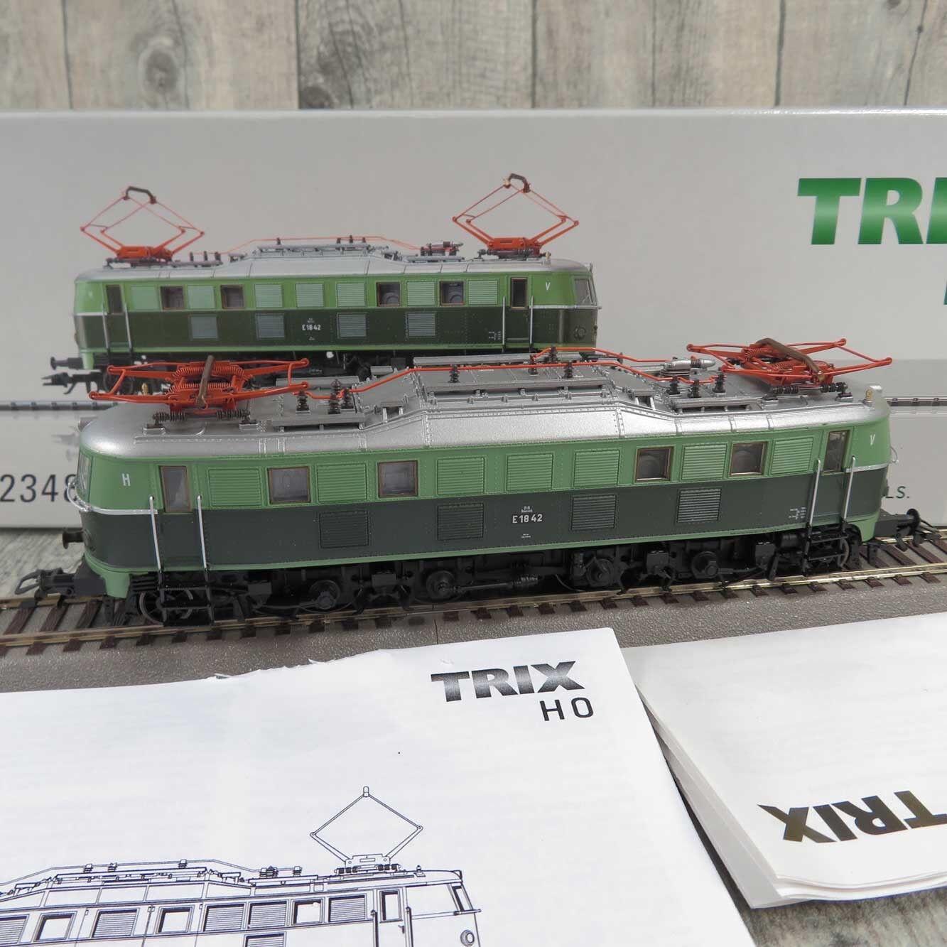 TRIX 22348  HO  ÖBB  Elektrolokomotive E1842 mit DSS  OVP  S280089