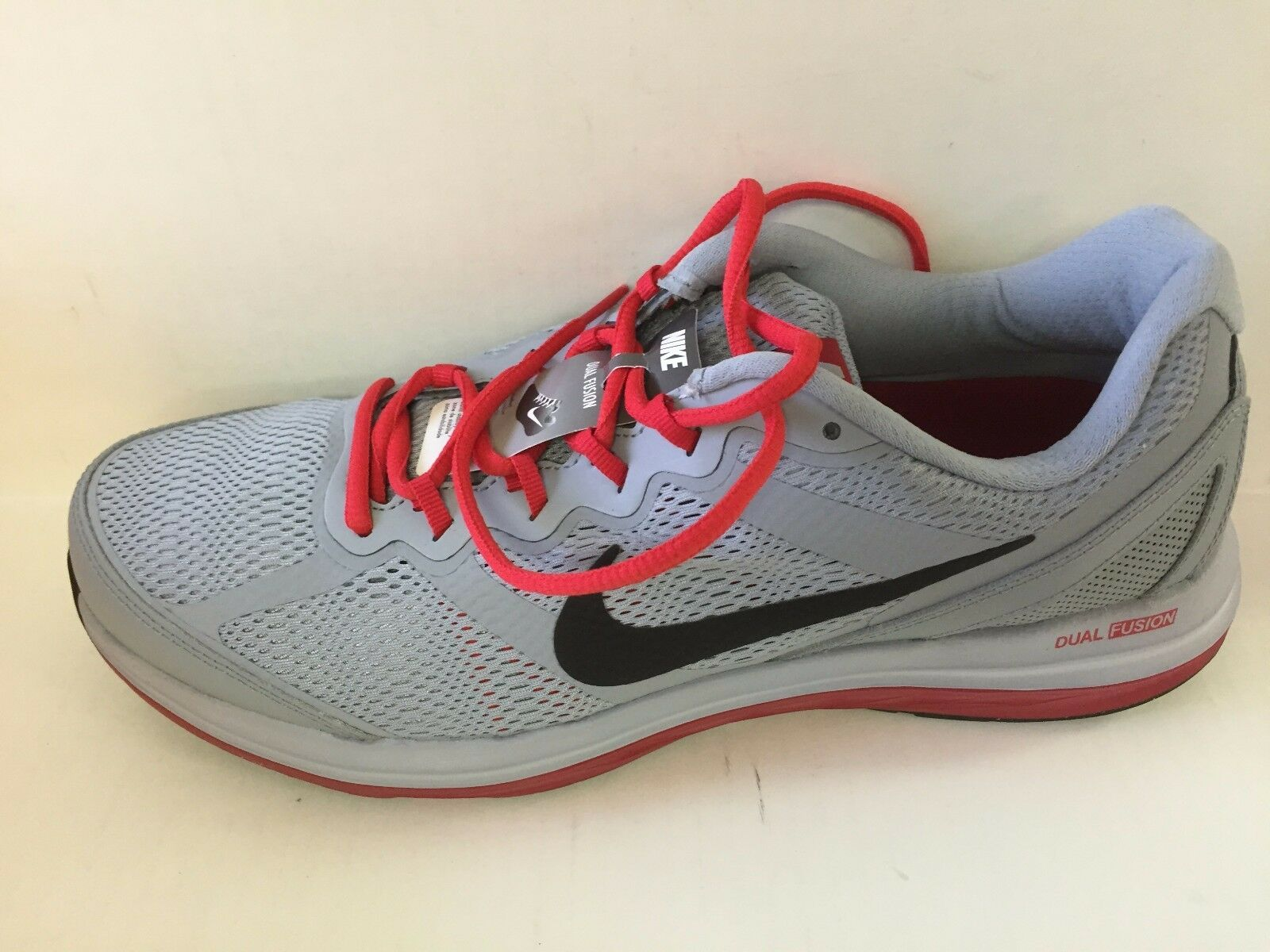 NIKE Dual Fusion Run 3   2 Gray and red, Trainingl Athletic Shoes
