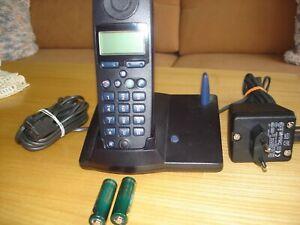 Siemens Gigaset 3010 mit Basisstation,  und Mobilteil 3000 Comfort in schwarz fu