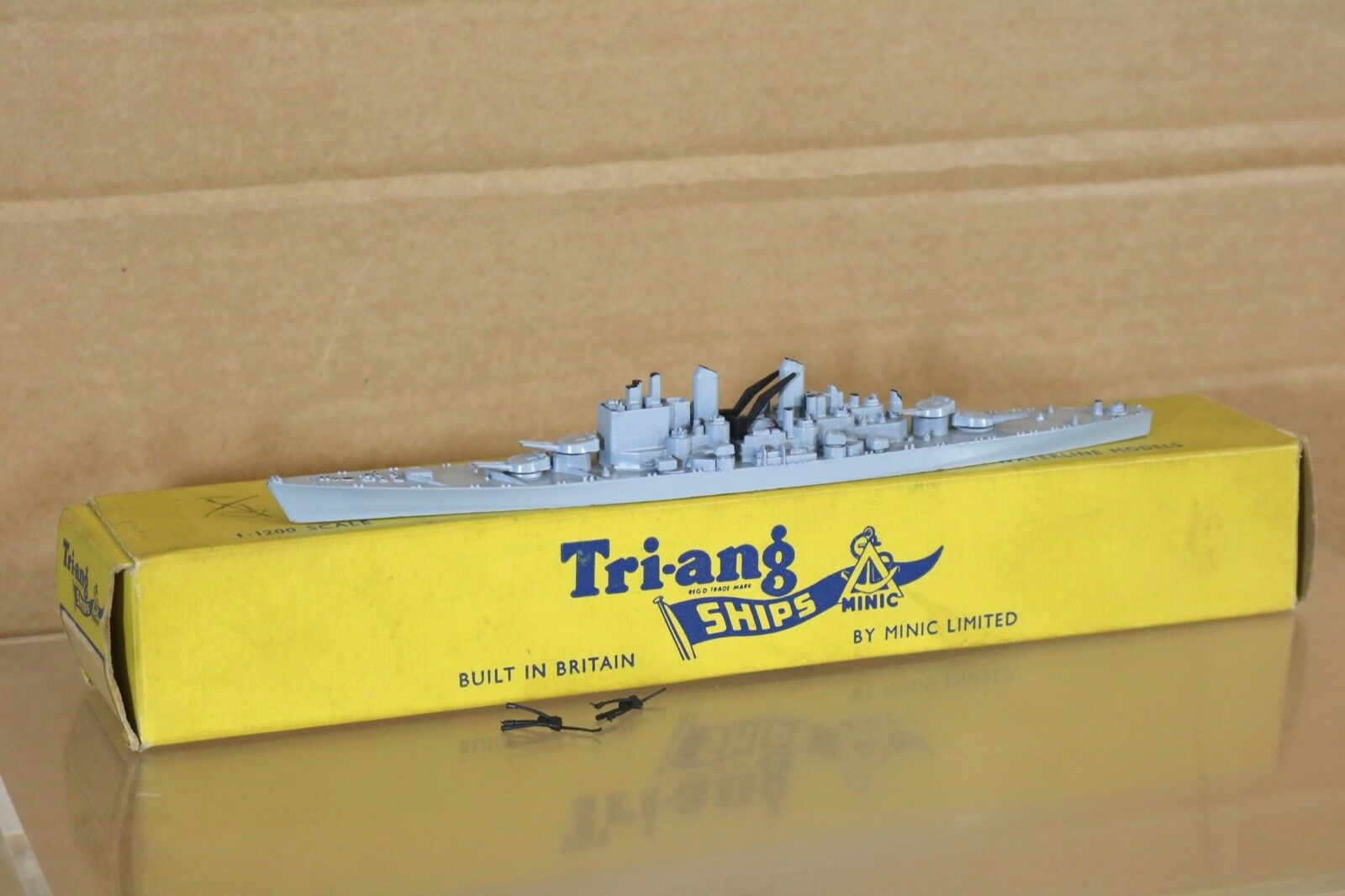 TRIANG MINIC SHIPS M741 ROYAL NAVY RN GREY HMS VANGUARD BATTLESHIP BOXED 2 nq