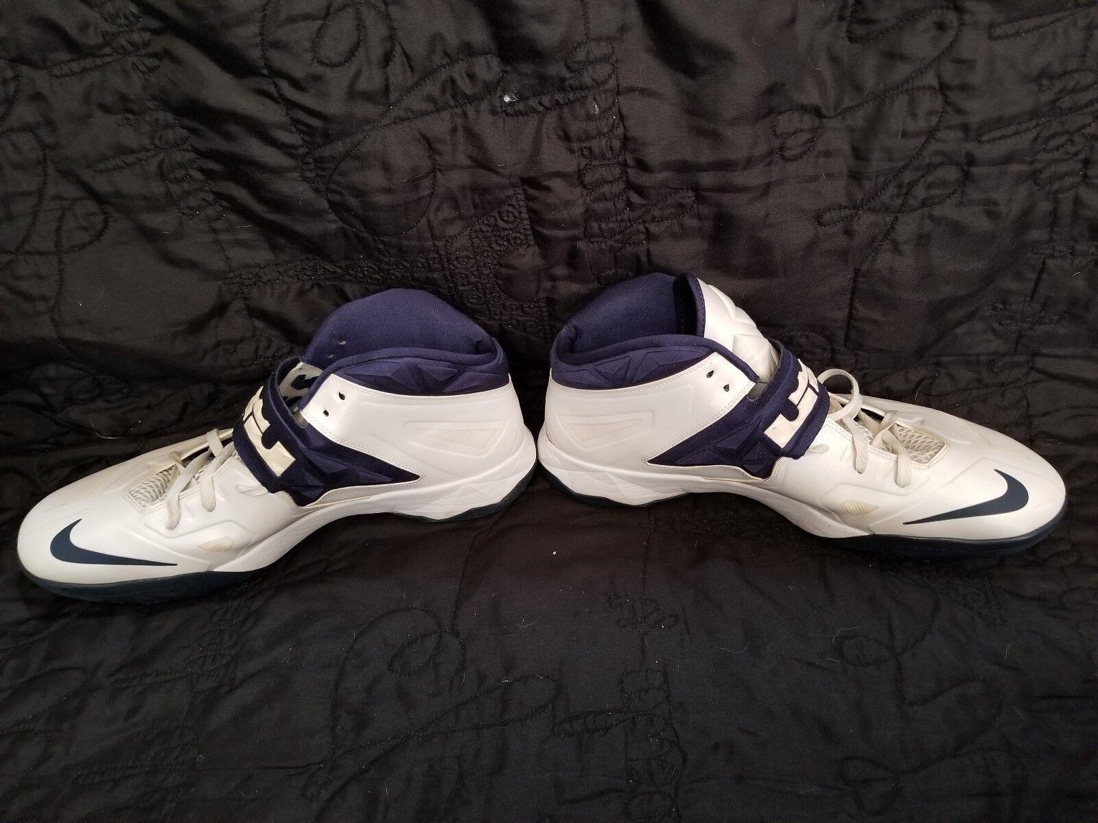 separation shoes 30217 08641 ... Nike Nike Nike LeBron James White Navy bluee Size 16 US 599263-101  53c73c ...