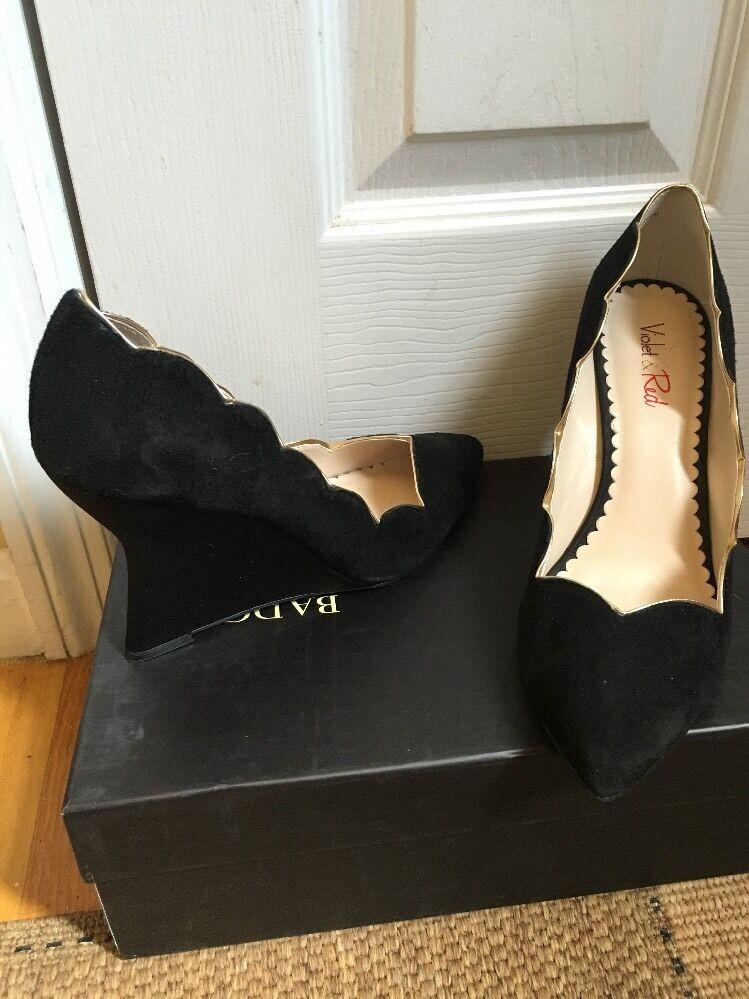 Violet & ROT Wedge Suede Genuine Heel Sz 8