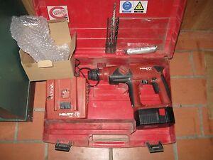 hilti akku bohrhammer te 2a evtl mit koffer 4 bohrern bohrhammer te 2 sds ebay. Black Bedroom Furniture Sets. Home Design Ideas