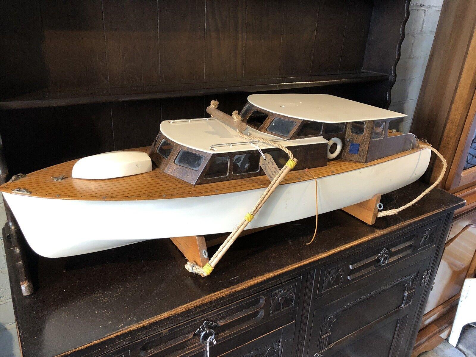 årgång Scratch Built Remote Control Motor Yacht modell California Built 1970 65533;
