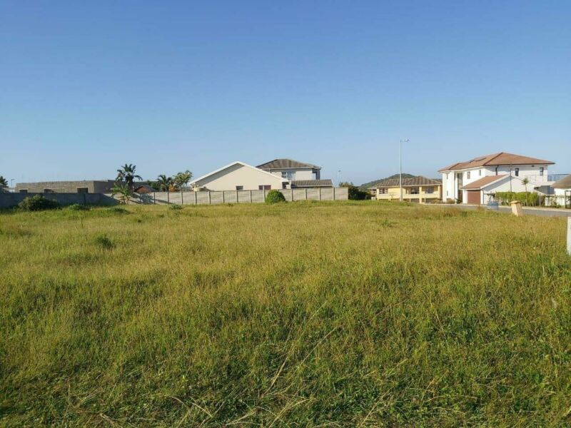 Land in Kidds Beach For Sale