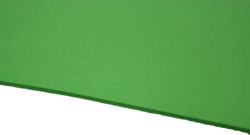 5 Bögen Moosgummi in grün  30 x 40 cm