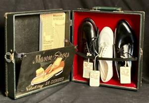 Vintage Mason Shoes Salesman's Sample Case With Shoe Samples Great Graphics!