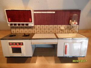 alte kinderk che puppen spielk che k che f r bastler 60 70er jahre west germany ebay. Black Bedroom Furniture Sets. Home Design Ideas