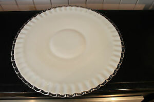 FENTON-MILK-GLASS-SILVER-CREST-LOW-FOOTED-15-034-ROUND-PLATTER