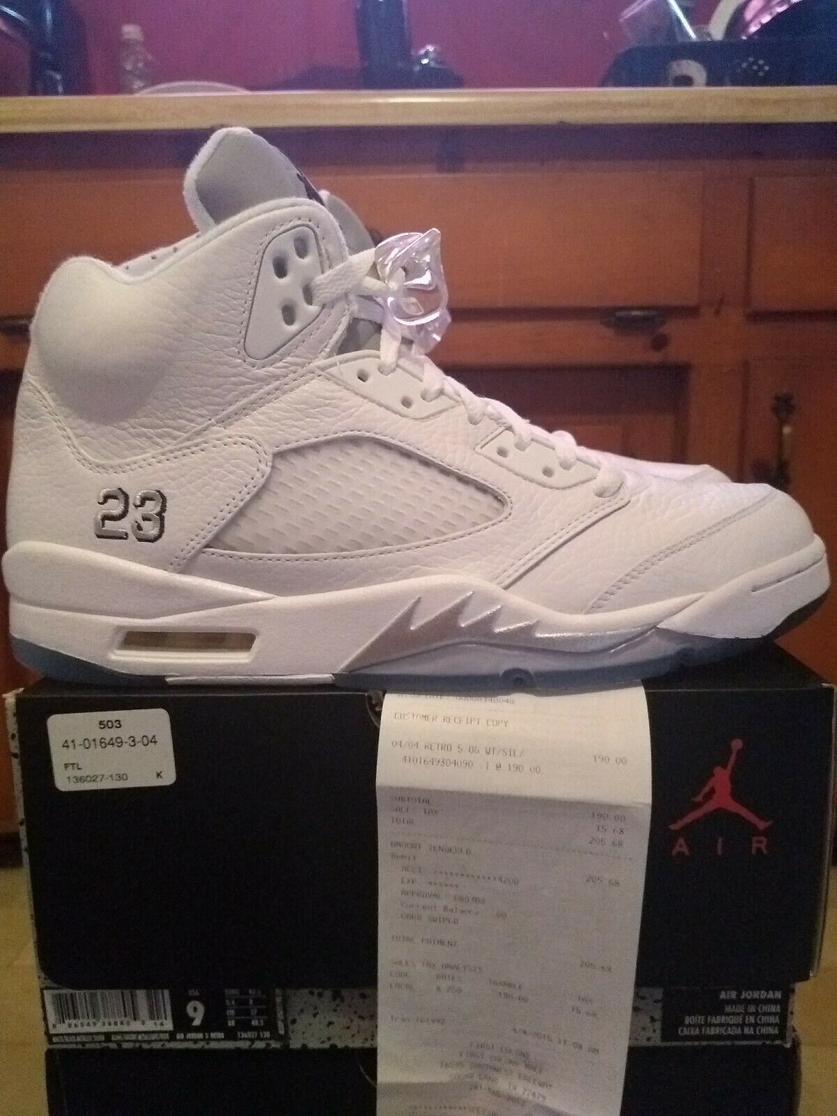 Jordan 5 White Mettallic Silver Size 9 DS