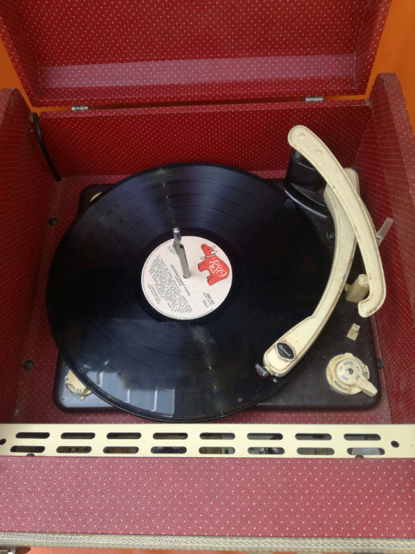 Radio and Turn- table