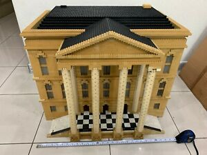 Lego-custom-artist-Town-hall-Museum-collector-big-set
