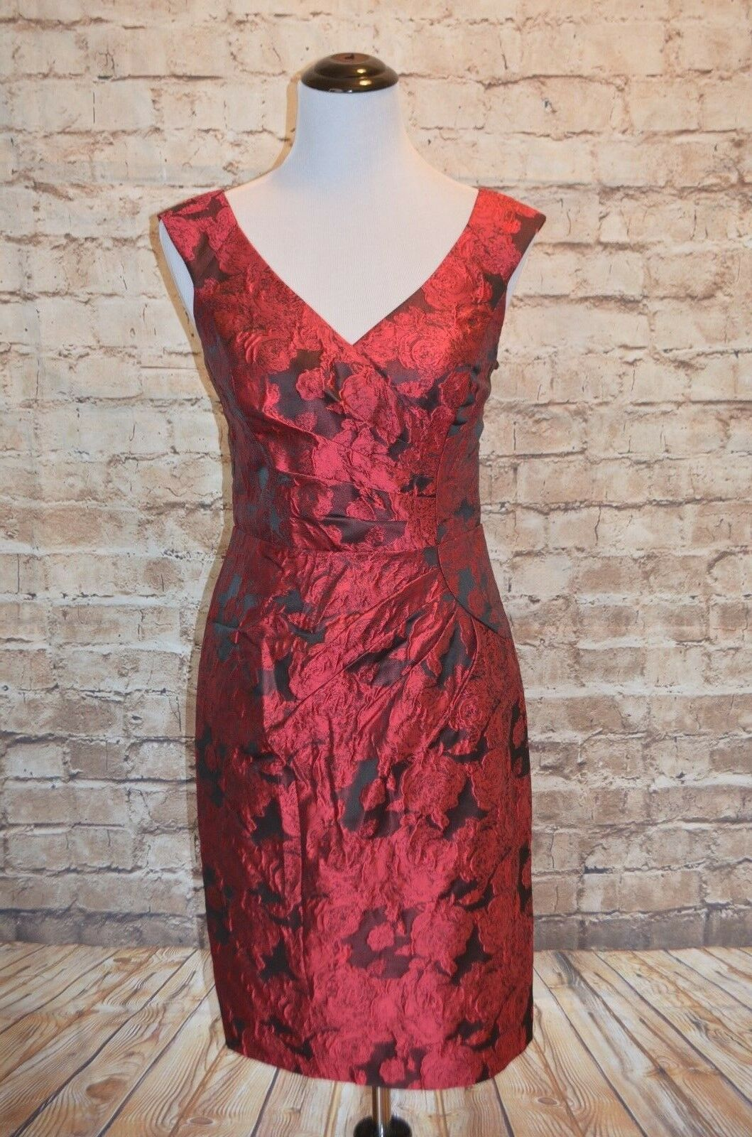 Modcloth Symphony Epiphany Floral Dress NWOT  4   Adrianna Papell sheath