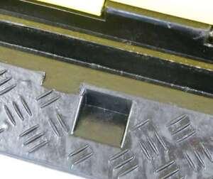 3x 1 Kanal Eco Kabelbrücke Kabelschutz Überfahrrampe Kabelmatte Kabelkanal Rampe Musikinstrumente Baugewerbe