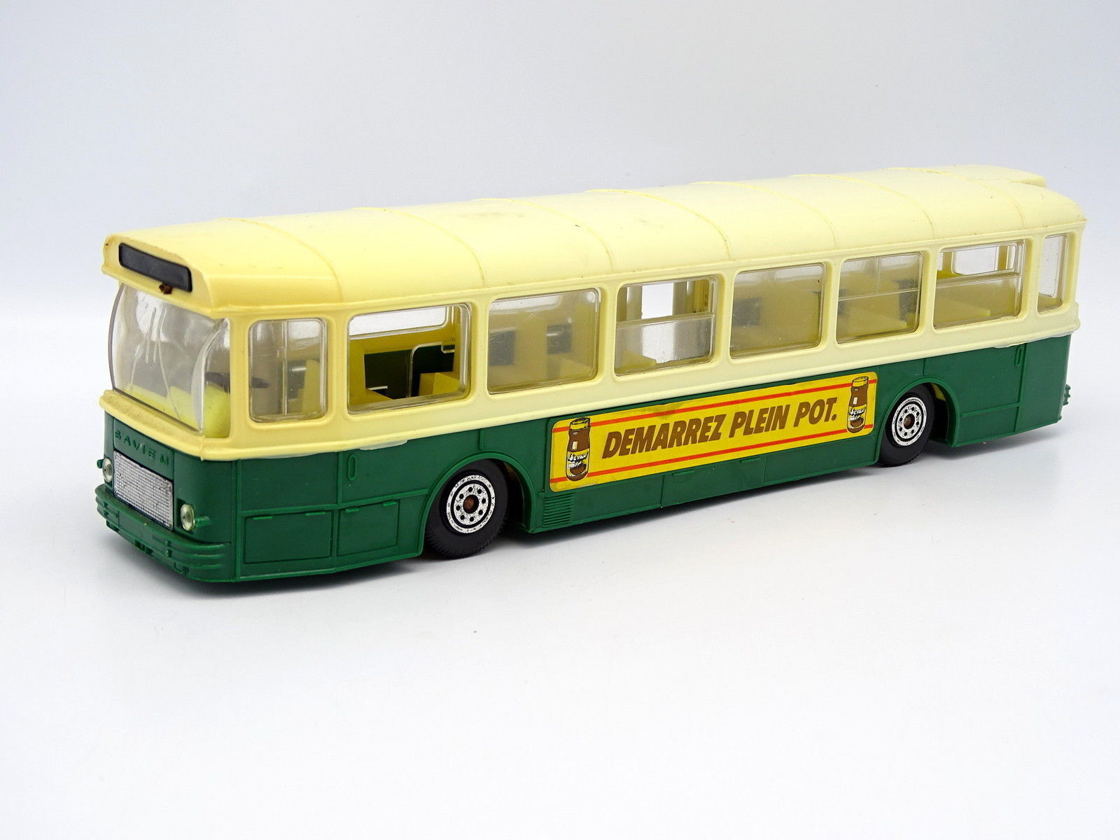 Norev 1 43 - Bus Autobús Saviem SC10 U París green Benco izquierda