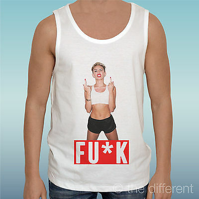 """T-SHIRT DONNA /"""" MILEY CYRUS MUSIC FINGER FU*K /"""" IDEA REGALO ROAD TO HAPPINESS"""