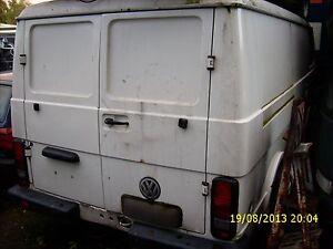 VW-LT-28-TD-UNTERFAHRSCHUTZ-Raeder-Servo-Reparaturblech-Kabelbaum-Tuer-Sitz-Scheib