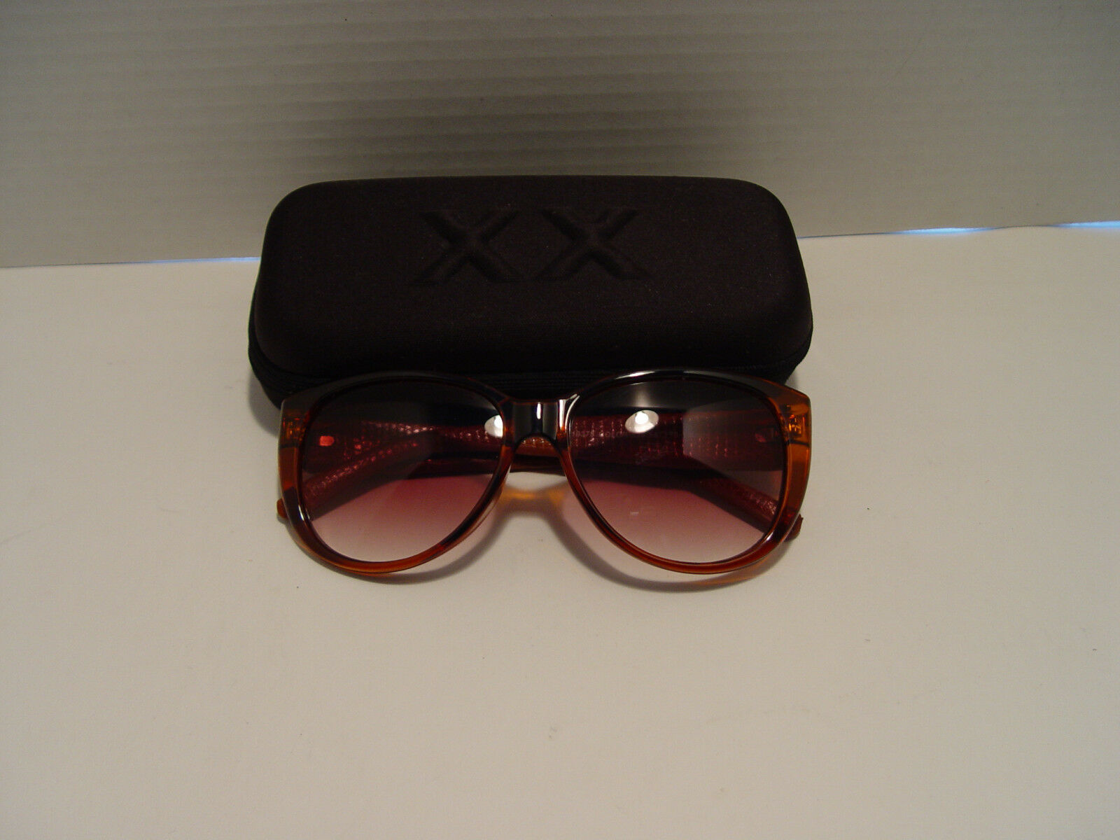 New Esprit Womens Modified Brown Leather  Square Plastic Sunglass ET 19378 528  limited edition
