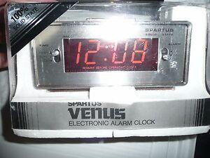 VINTAGE SPARTUS VENUS ELECTRIC ALARM CLOCK NEW