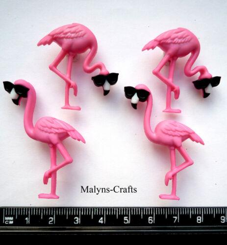 Cool flamencos Craft Botones 1ST Class Post vacaciones tropicales Rosa Pájaros Cóctel