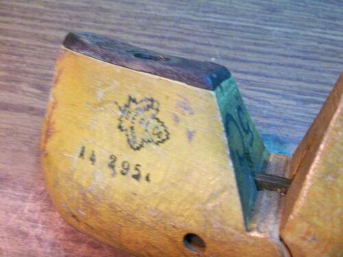 VINTAGE PAIR Wood Size 5 C GEBL Co 600 Industrial Shoe Factory Last Mold  #375
