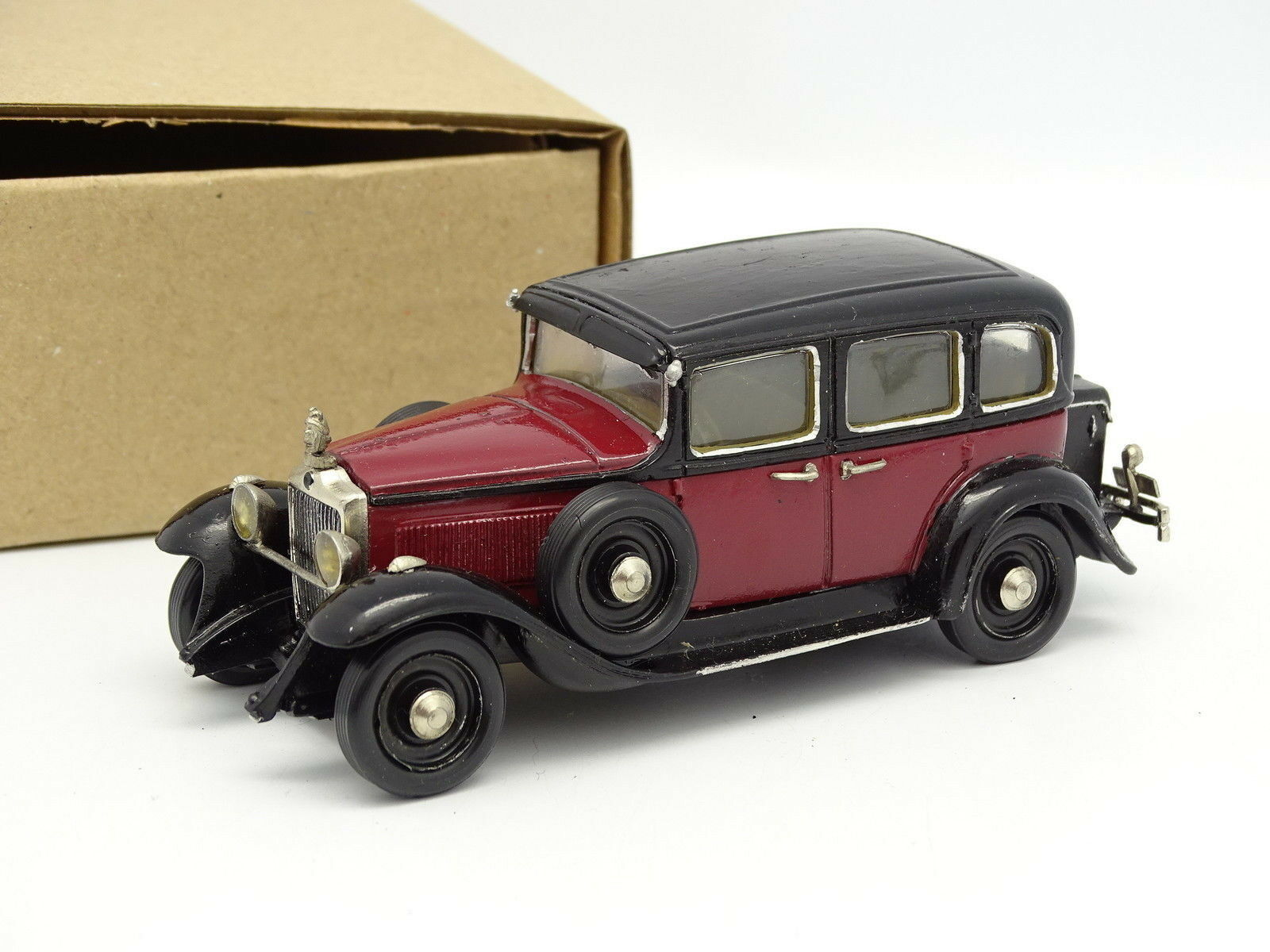 AMR Gyl Kit Monté 1 43 - Minerva Type AR 1932 Noire et Rouge