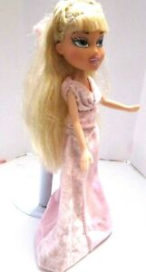 BRATZ-DOLL-LONG-PALE-BLONDE-HAIR-PINK-VELVET-PANTS-SUIT-amp-SKIRT-HIGH-HEELS
