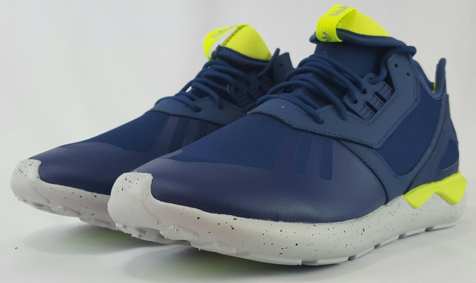 BRAND NEW EXCLUSIVE ADIDAS TUBULAR RUNNER SIZE 9-12  60 AQ8389 FREE SHIPPING