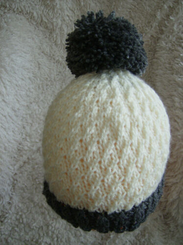 Easy Knitting Pattern /'Frosty/'  Adult//Child//Unisex Hat