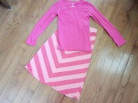 Girl's skirt and top size 6/7 and size 8 by Old Navy