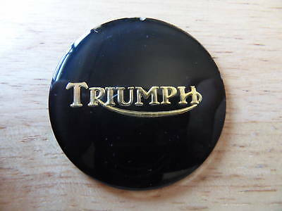 83-8656 TRIUMPH BONNEVILLE T140 TR7 BLACK / GOLD PETROL GAS TANK CENTRE BADGE