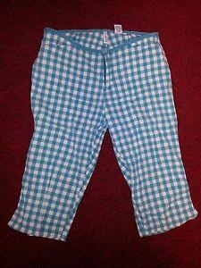 Abercrombie-Fitch-WOMENS-Casual-Green-White-Plaid-Capri-shorts-SZ-8-EUC