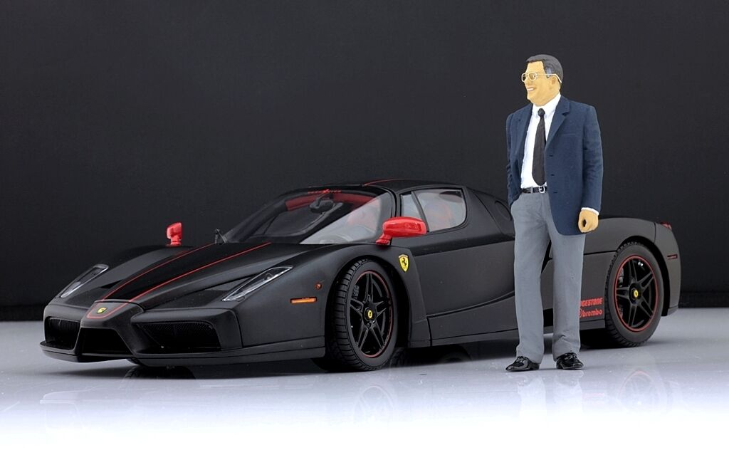 Sergio Pininfarina Figure pour 1 1 1 18 Ferrari CMC VERY RARE  d1b2f3