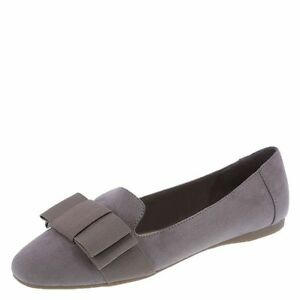 dc34f3379b0 Details about Fioni Women s Cadence Bow Loafer