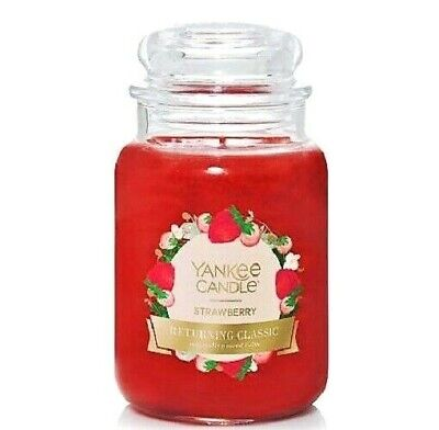Yankee Candle   Red Apple Wreath  Lot of 2 22 oz NEW Free Shipping 2nd label