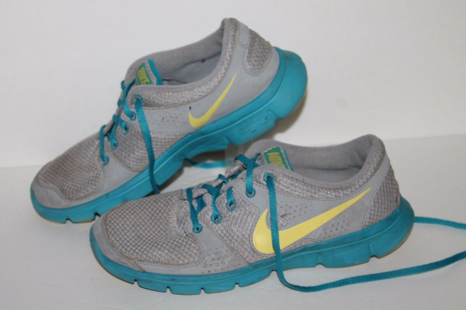 Nike Free Experience RN Running Shoes, Grey/Blue/Yell. Women's 8.5 New shoes for men and women, limited time discount