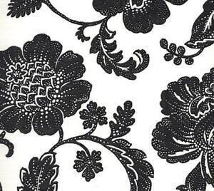Wallpaper-Designer-Large-Black-Jacobean-Floral-Vine-on-Eggshell-White