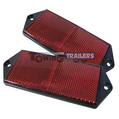 Red, Middle screw hole mounting Trailer caravan triangle red reflectors Set of 2