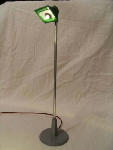 Scalextric Tri-ang A240 Vintage 1960/'s Track Spot Lights Reproduction with LED.
