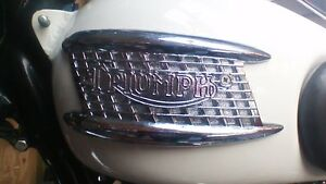 triumph-T100-T120-3gallon-badges-uk-made