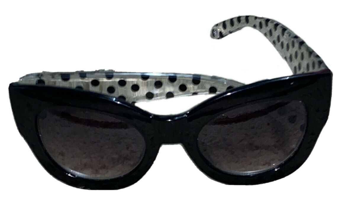 Betsey Johnson Sunglasses with Signature Pink Heart BJ869124 Clear