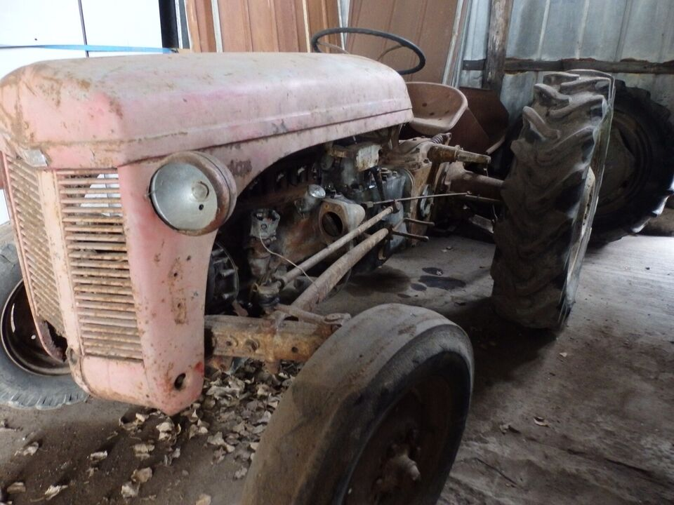 traktor, Ferguson 31